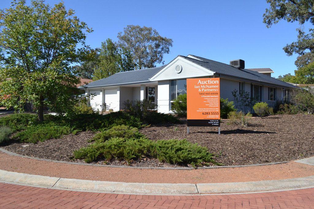 1 Maple Crescent, Jerrabomberra NSW 2619, Image 2