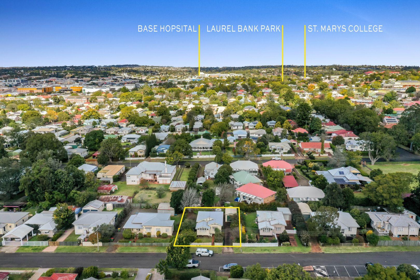 20 Rosewood Street, Toowoomba City QLD 4350, Image 2