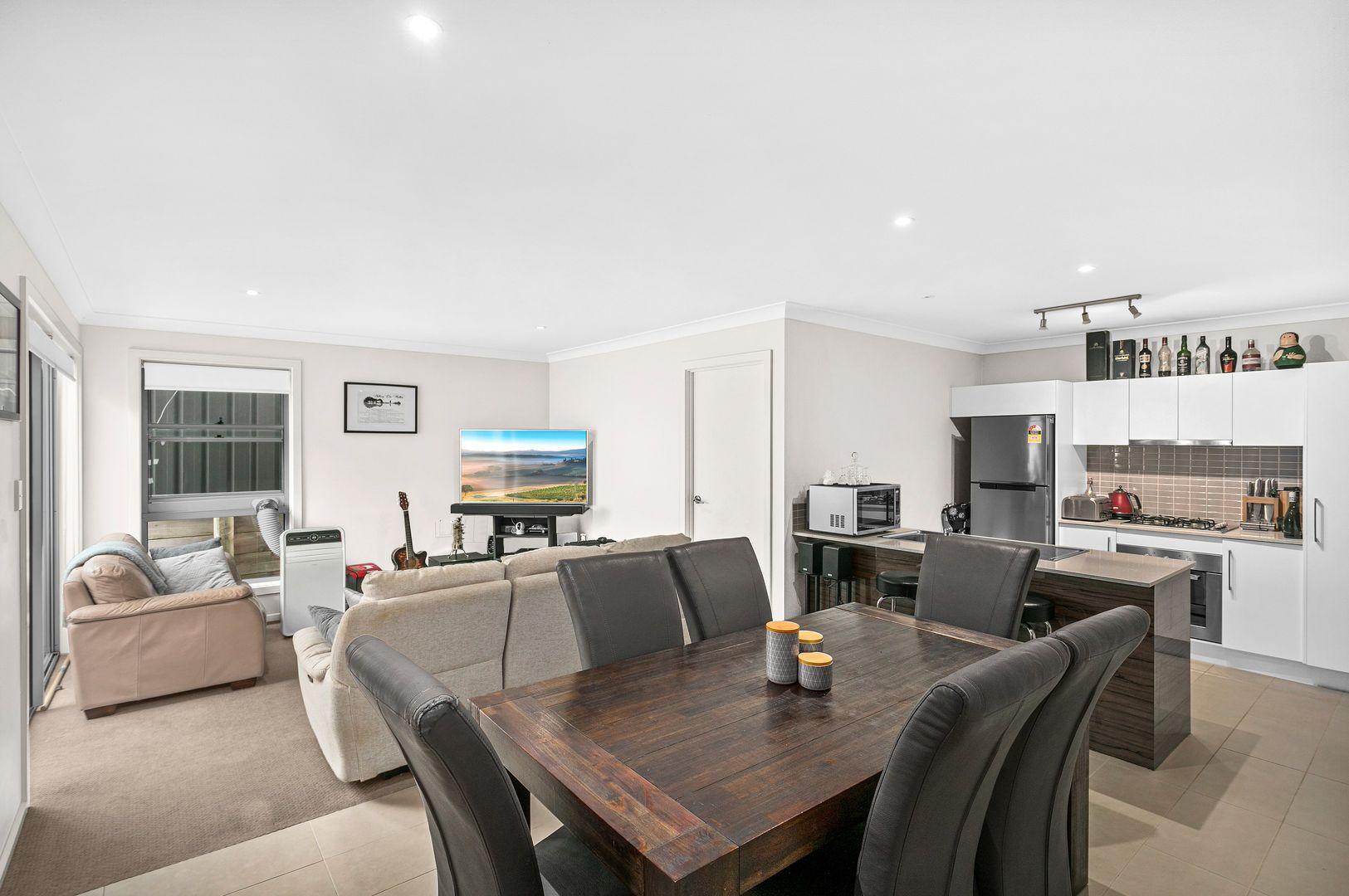6 Jemima Close, Flinders NSW 2529, Image 2