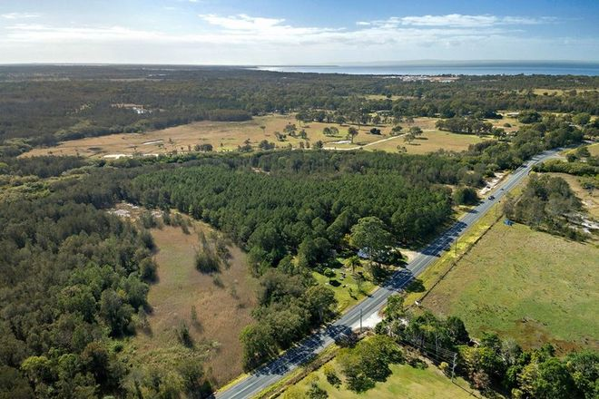 Picture of 582 Beachmere Road, BEACHMERE QLD 4510