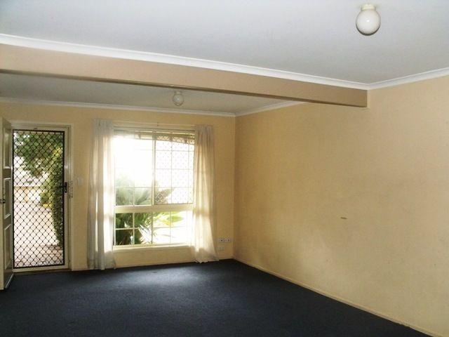 2/42 Monash Rd, Loganlea QLD 4131, Image 2