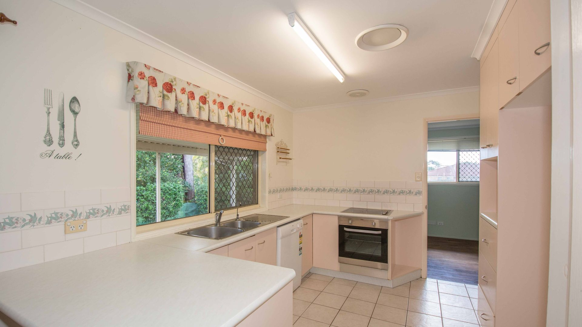 17 Glen Appin Drive, Avoca QLD 4670, Image 1