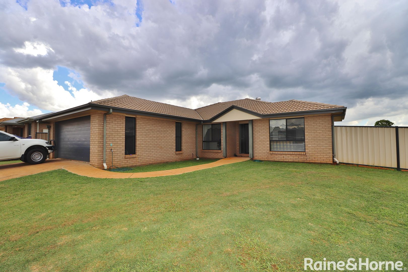 4 Lara Court, Kingaroy QLD 4610, Image 0