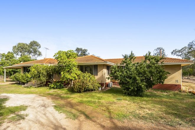Picture of 14 Edwards Street, GINGIN WA 6503
