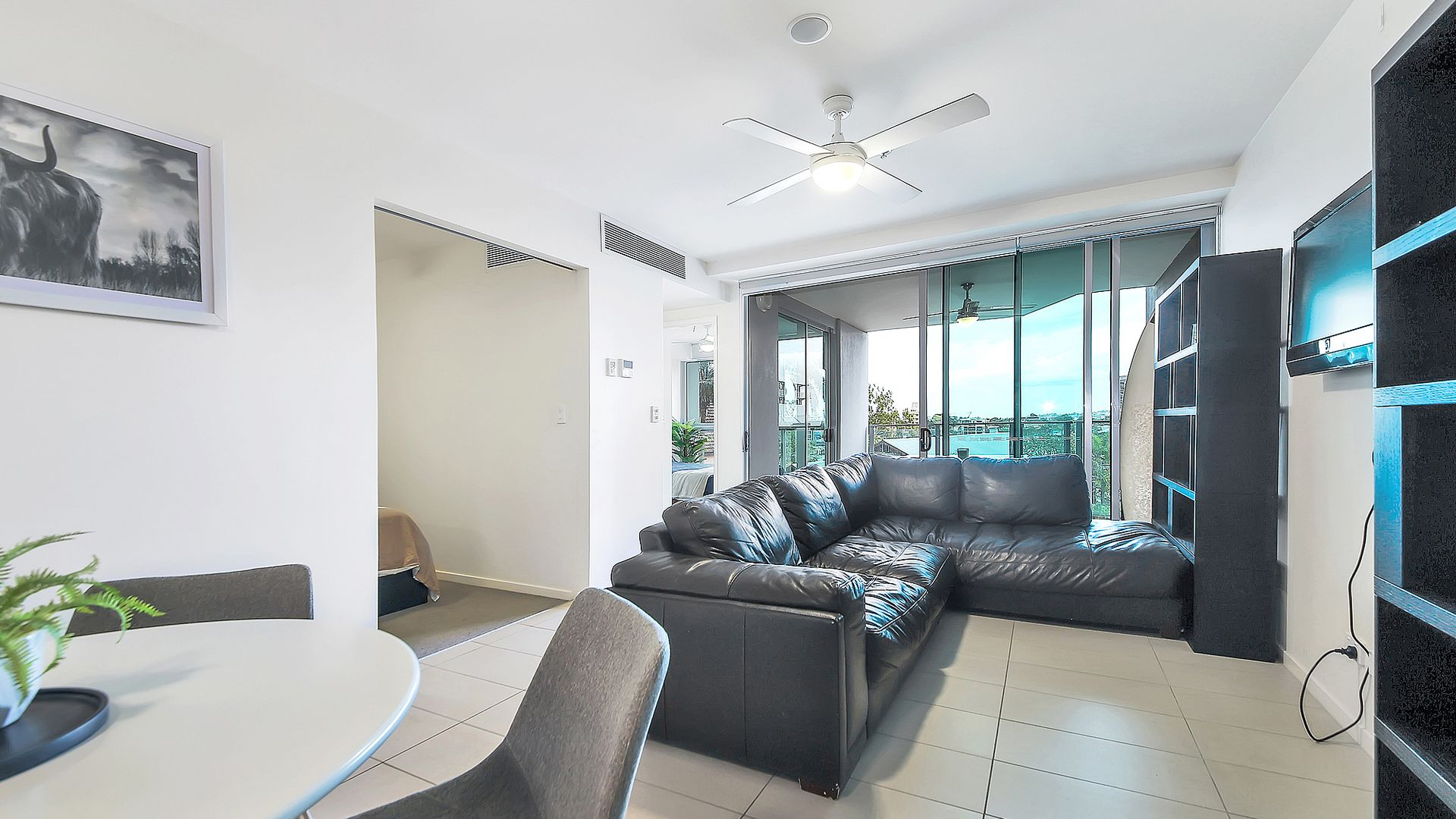 209/18 Thorn Street, Kangaroo Point QLD 4169, Image 2