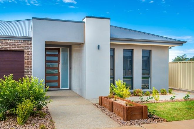 Picture of 16 Cufari Drive, RED CLIFFS VIC 3496