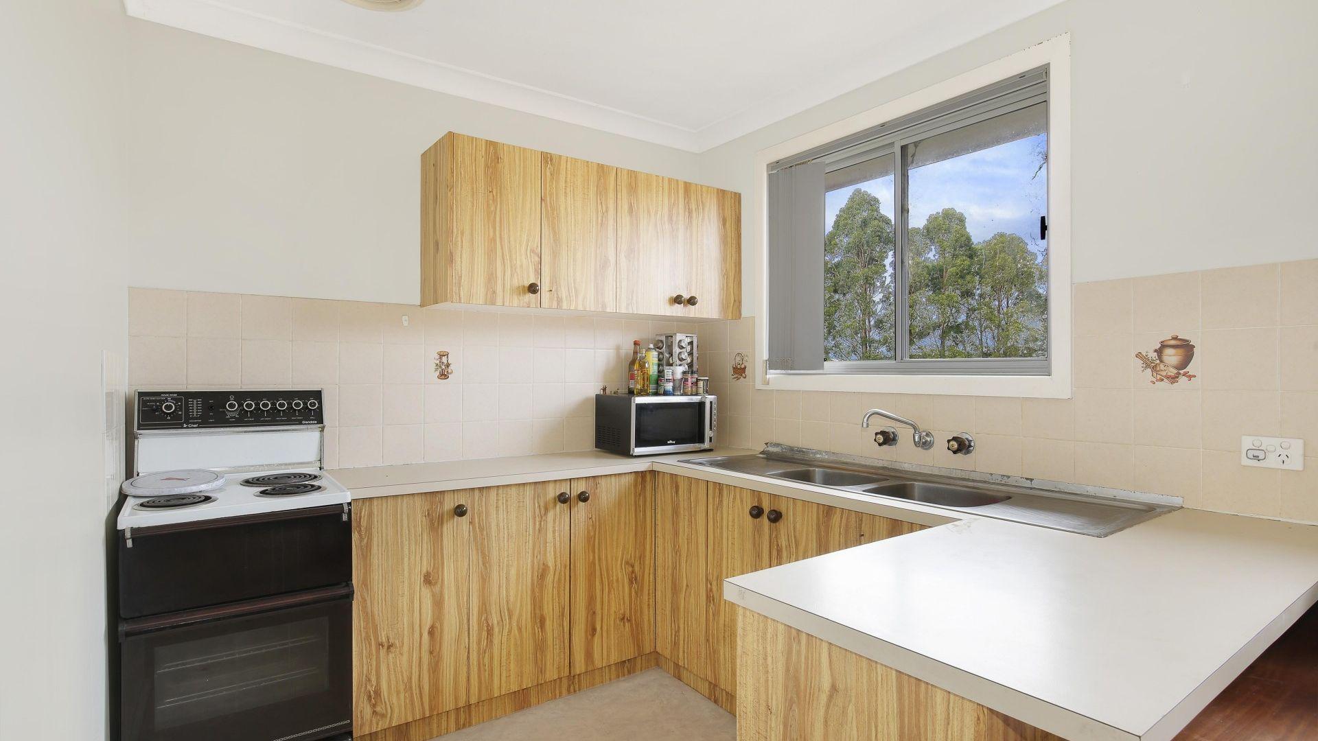19 Bruce Street, Unanderra NSW 2526, Image 2