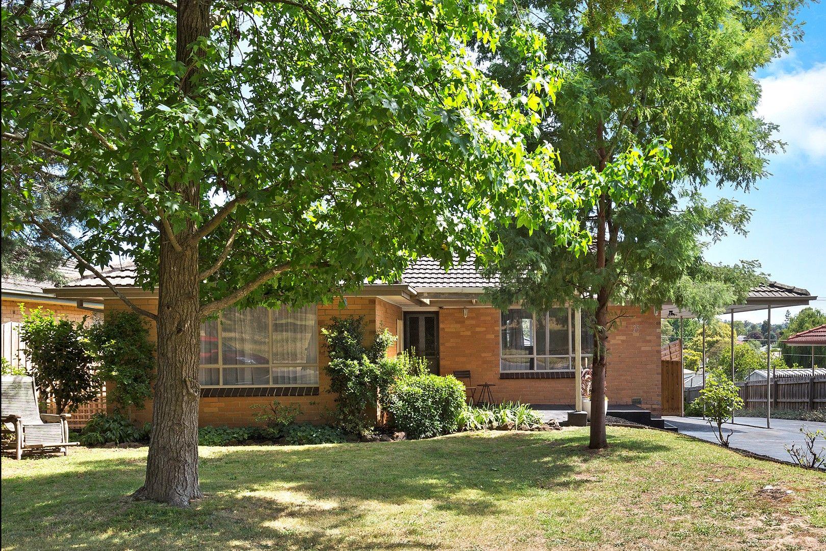 25 Lawson Road, Mooroolbark VIC 3138, Image 0