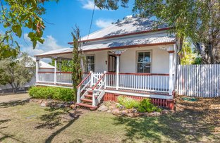 Picture of 7 Simpson Street, North Ipswich QLD 4305