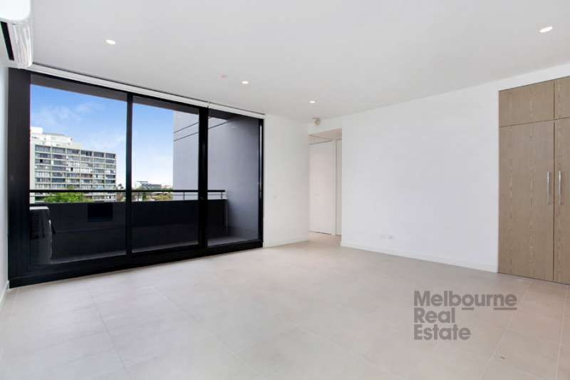 507/74 Queens Road, Melbourne 3004 VIC 3004, Image 2