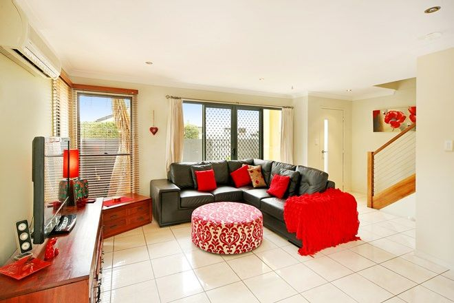 Picture of 1/58 Springfield Avenue, COOLUM BEACH QLD 4573
