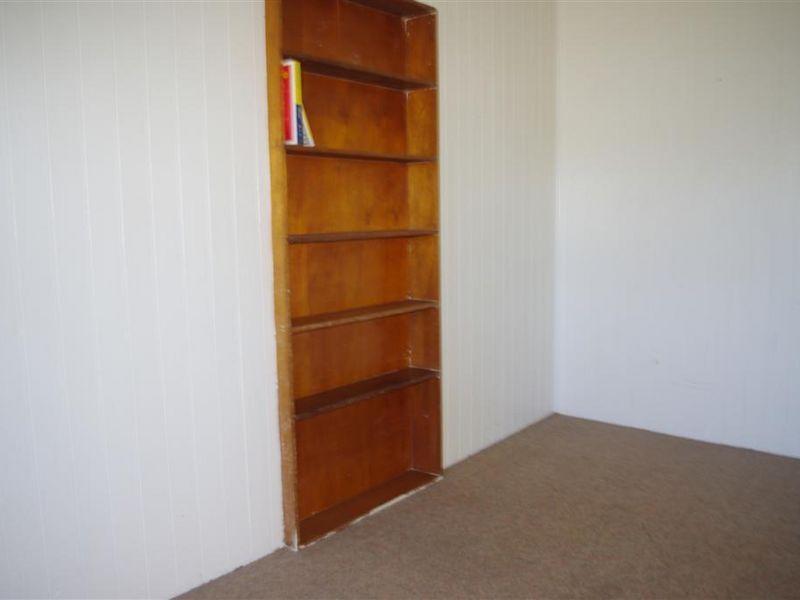 11 Leichhardt Street, Bowen QLD 4805, Image 2