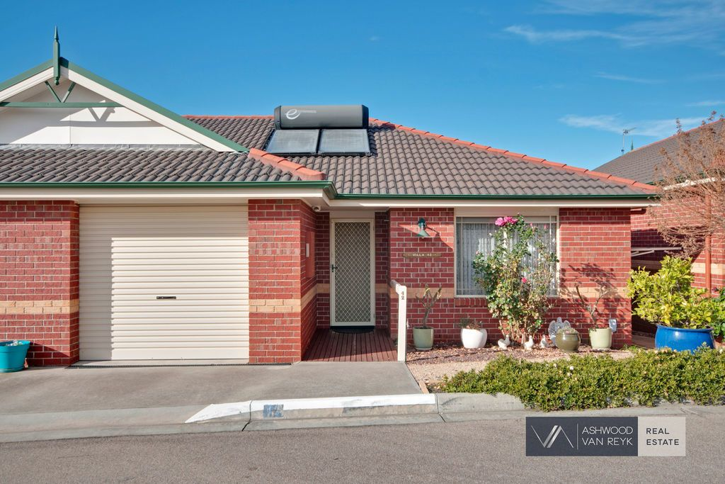 Unit 42/5 Canal Rd, Paynesville VIC 3880, Image 0