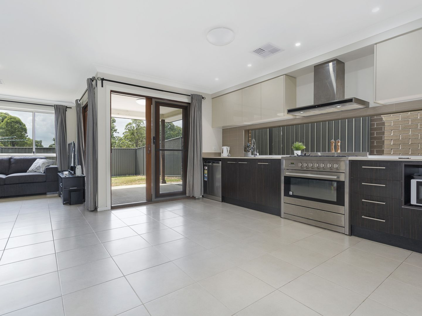103 Howarth Street, Ropes Crossing NSW 2760, Image 1