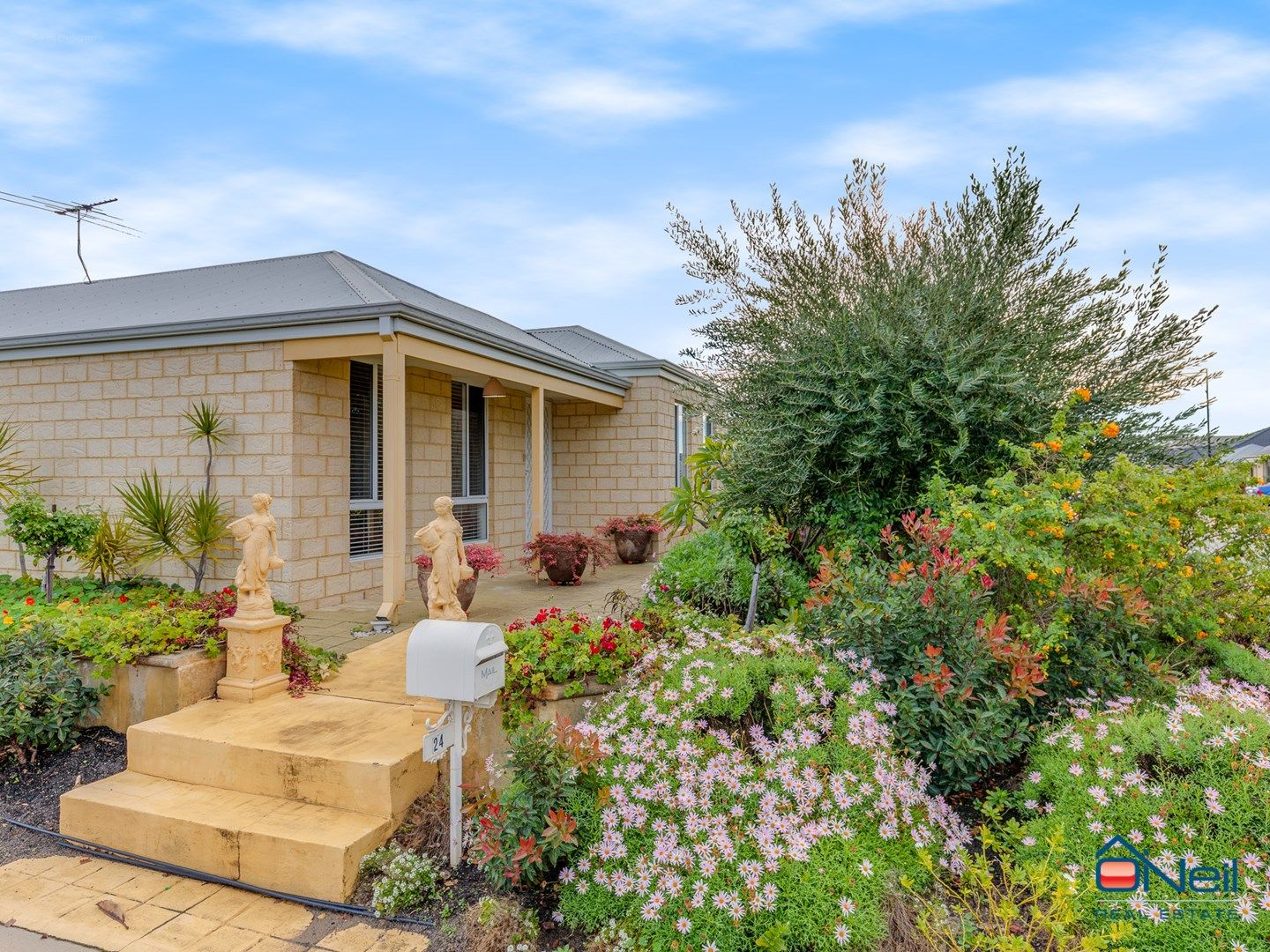 24 Bordeaux Parade, Piara Waters WA 6112, Image 0