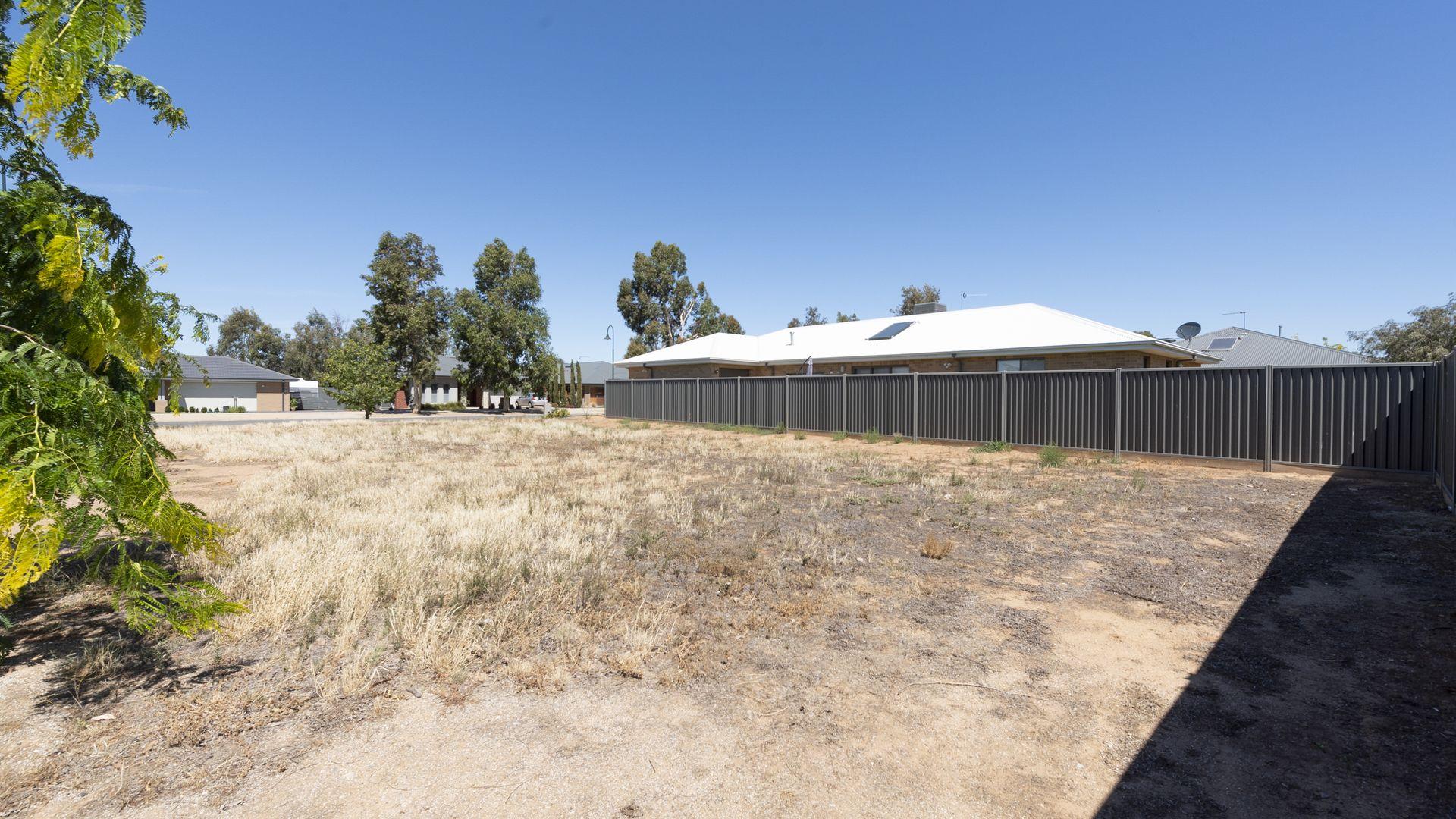 63 Robinson Way, Yarrawonga VIC 3730, Image 1