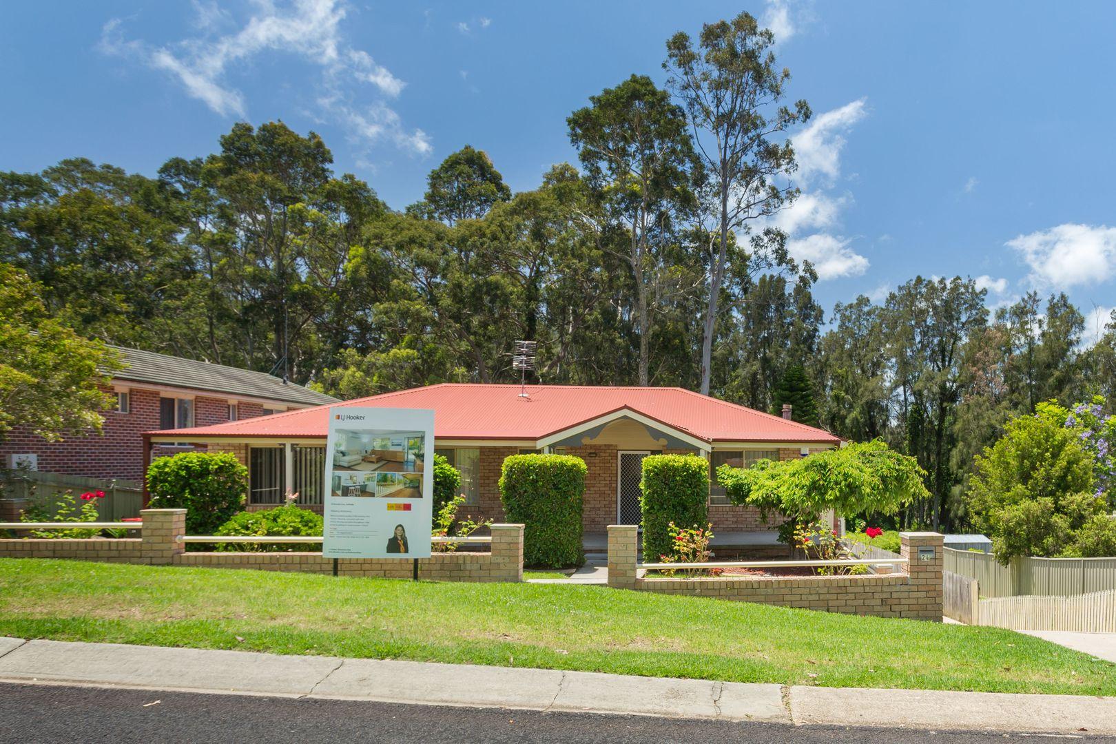 24 Karoola Crescent, Surfside NSW 2536, Image 0