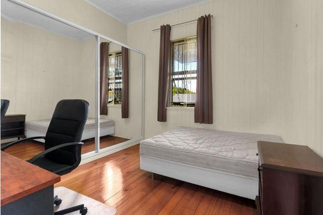 Picture of 56 Sunbeam Street, FAIRFIELD QLD 4103