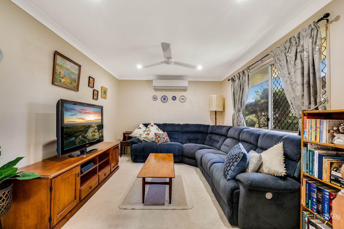 30 Liquidambar Street, Glenvale QLD 4350