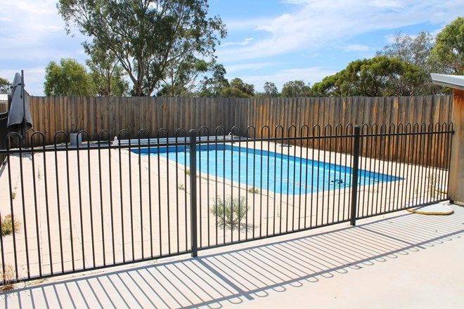 Picture of 12 Richardson Street, BEVERLEY WA 6304