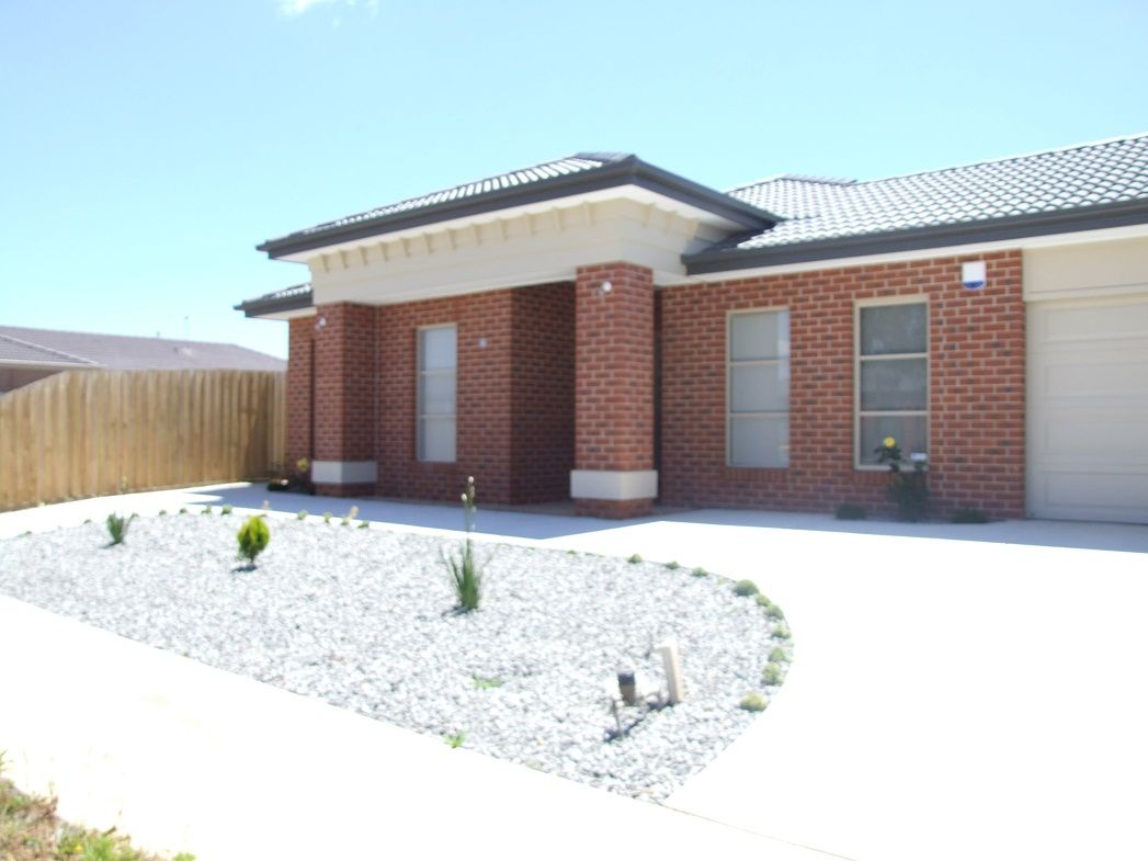 21 Equine Cct, Melton South VIC 3338, Image 0