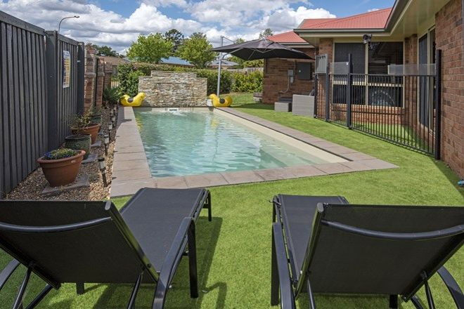 Picture of 28 Sweetapple Crescent, CENTENARY HEIGHTS QLD 4350