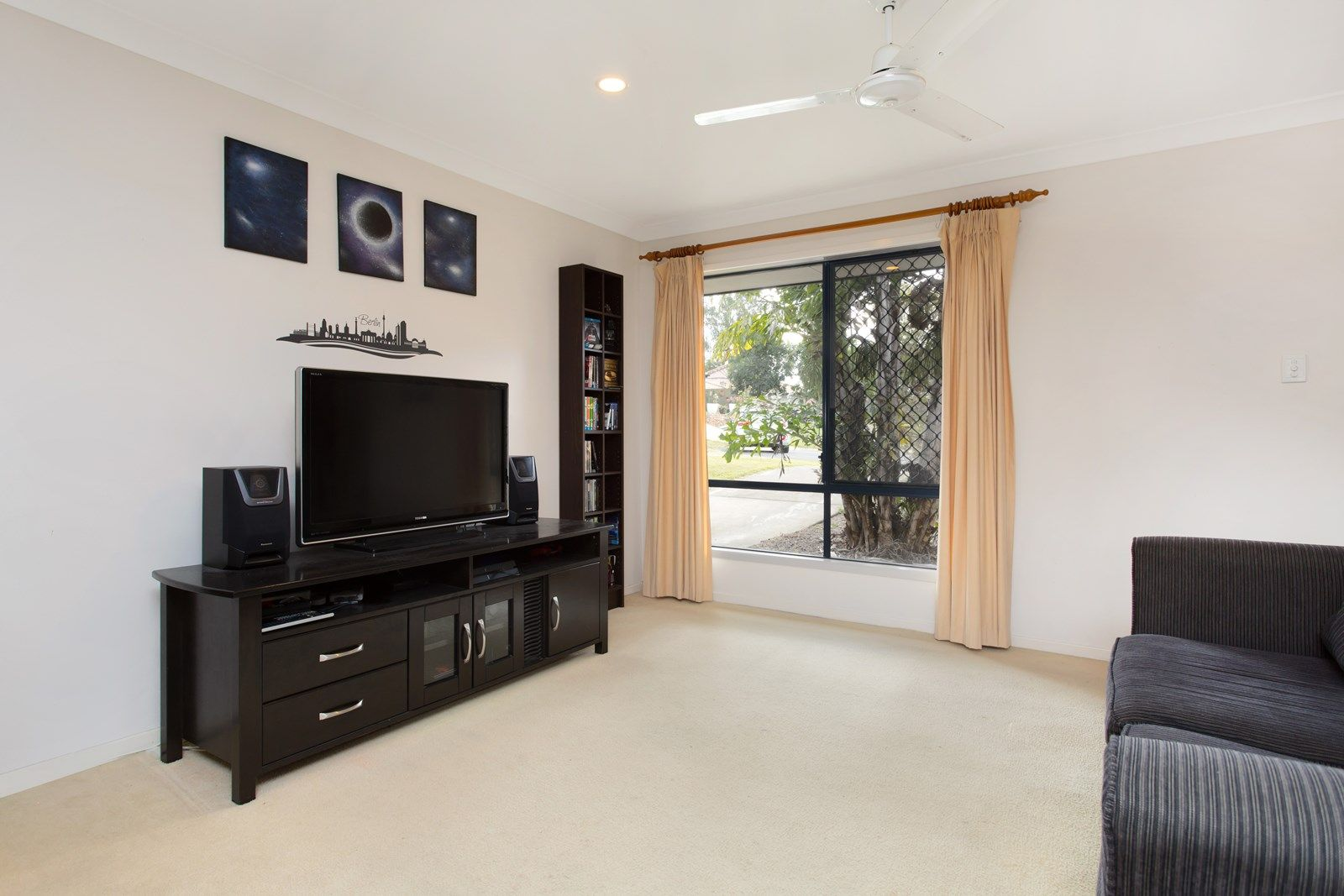 8 Cornuta Close, Bellbowrie QLD 4070, Image 1