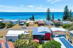 Picture of 112 Ocean Road, Brooms Head NSW 2463