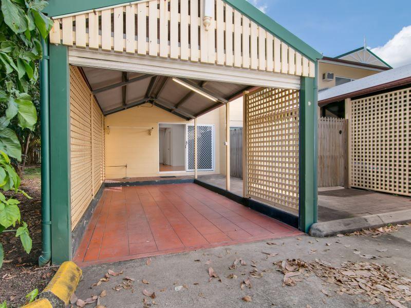 9/3 Tenni Street, Redlynch QLD 4870, Image 0