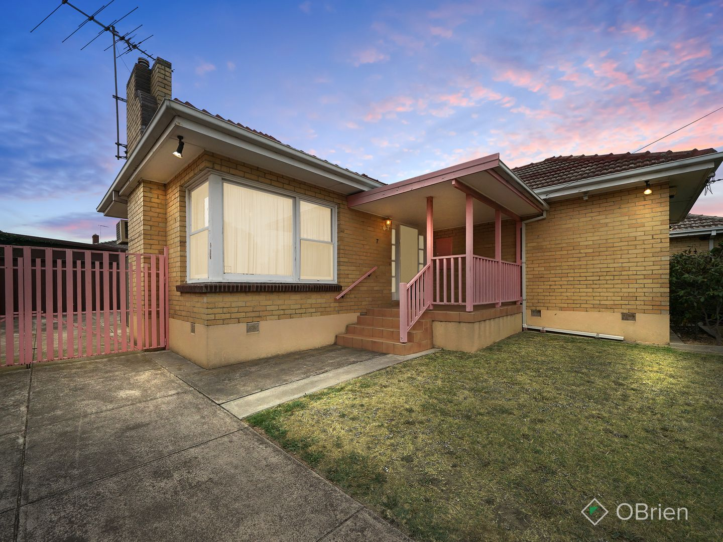 7 Boyd Avenue, Oakleigh East VIC 3166, Image 2