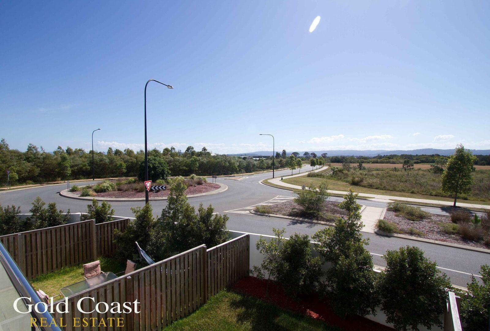 1 Mervyn Thomas Drive, Hope Island QLD 4212, Image 2