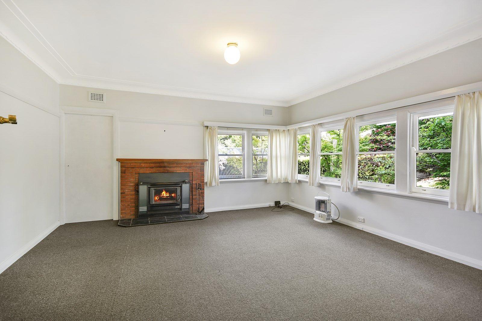 11 Prince George Lane, Blackheath NSW 2785, Image 2