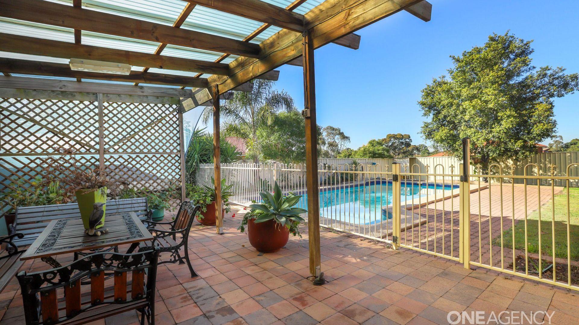 116 Blaxland Avenue, Singleton NSW 2330, Image 2