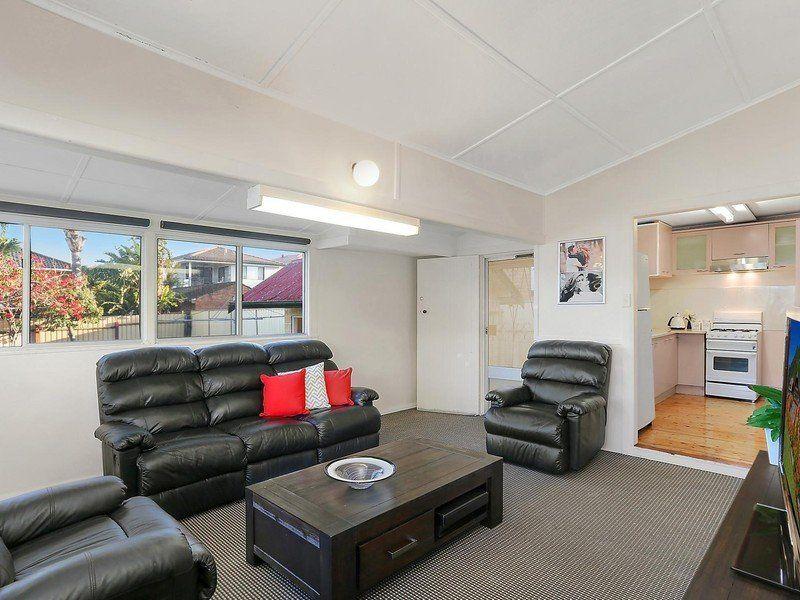 7 Selmon Street, Sans Souci NSW 2219, Image 2