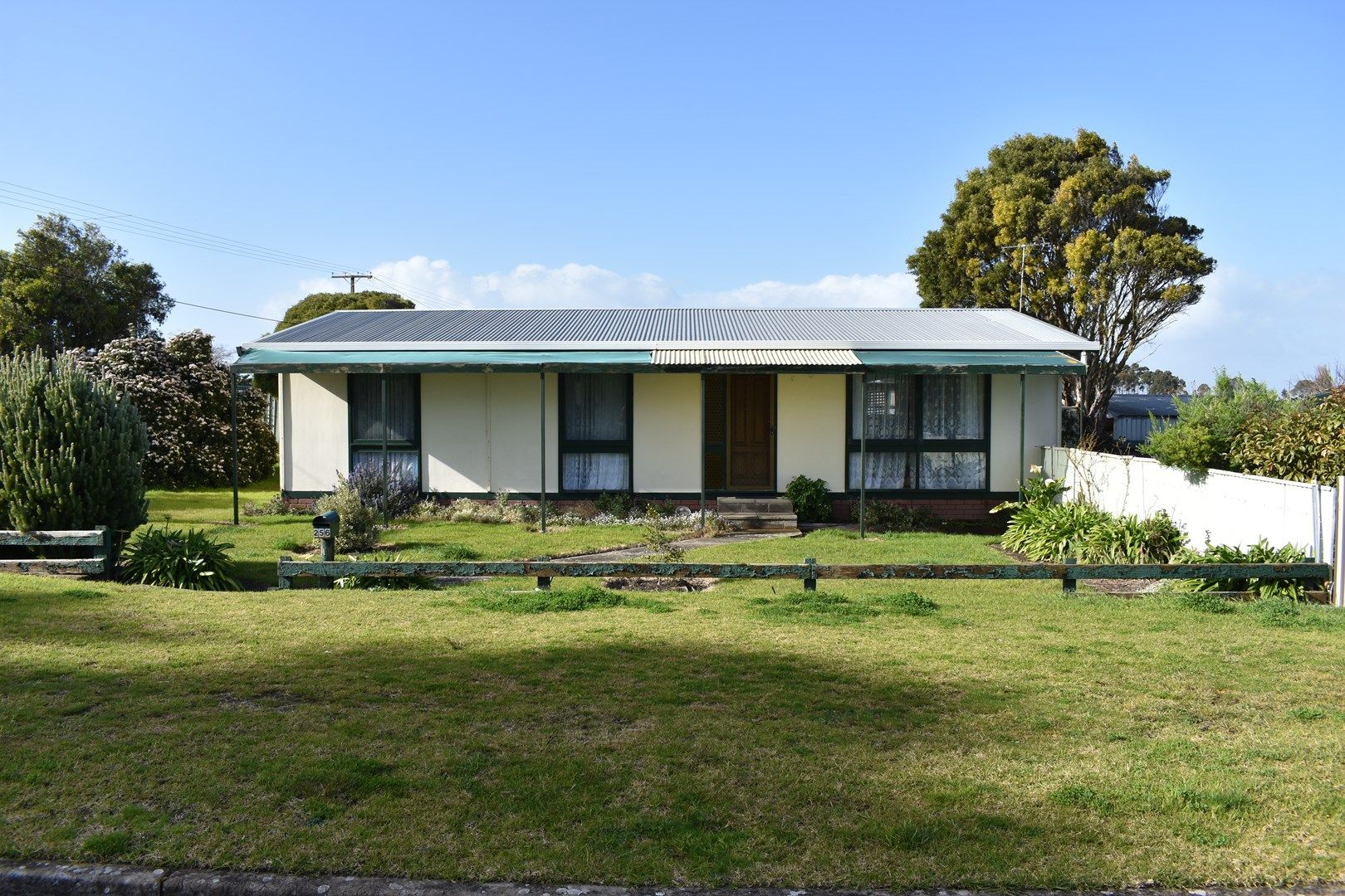 256 Mount Gambier Road, Millicent SA 5280, Image 0
