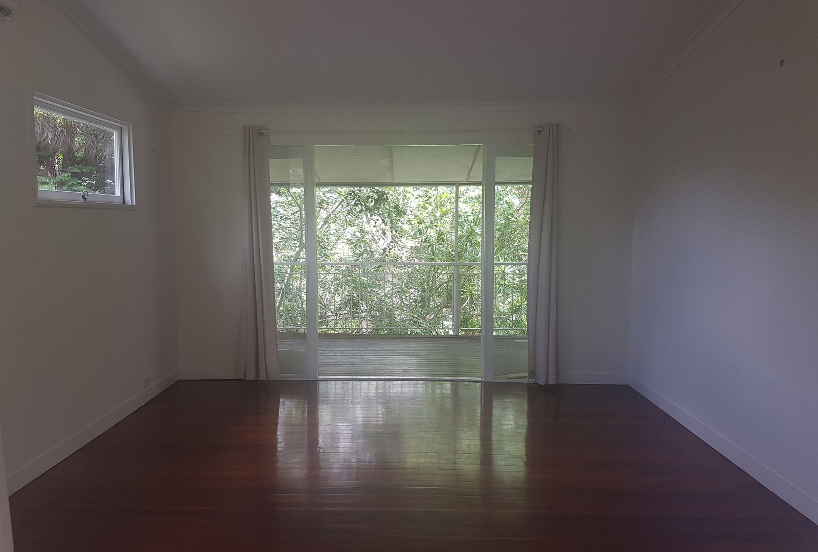 14 Crag Rd, Taringa QLD 4068, Image 1
