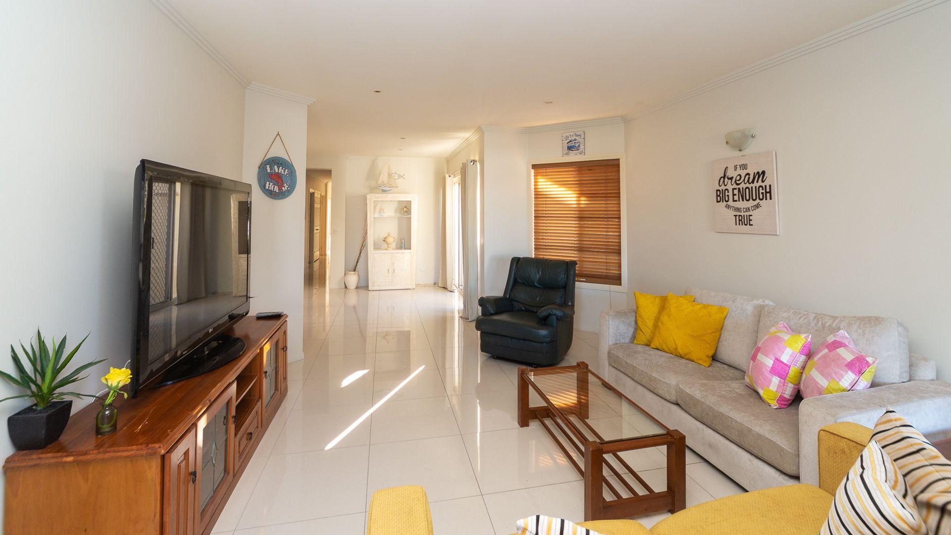 17A Inga Avenue, Surfers Paradise QLD 4217, Image 1