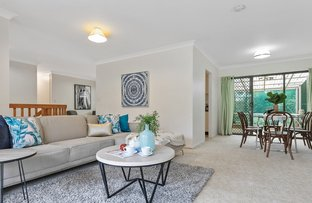16 Rialanna Street, Kenmore QLD 4069