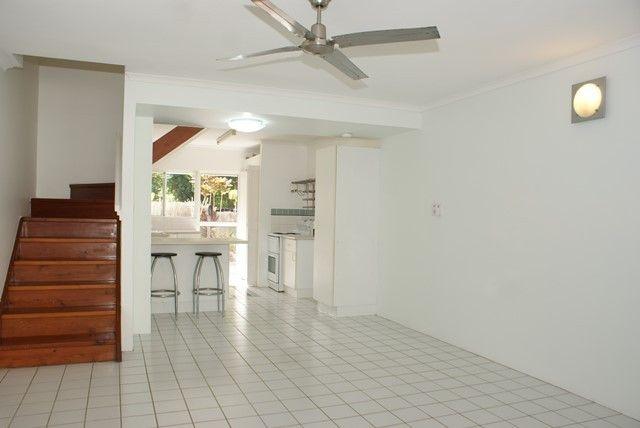 2/18-20 Adair Street, Yorkeys Knob QLD 4878, Image 0