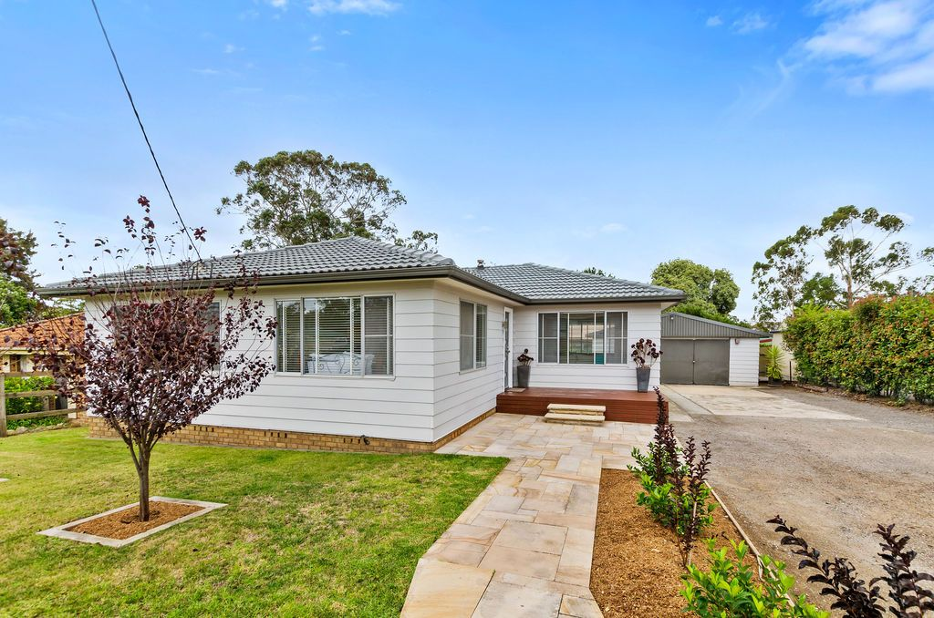 8 Jane Street, Hill Top NSW 2575, Image 2