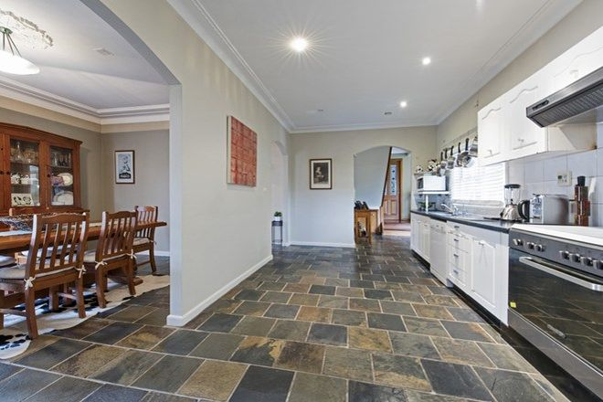 Picture of 8 Eastview Avenue, NORTH RYDE NSW 2113
