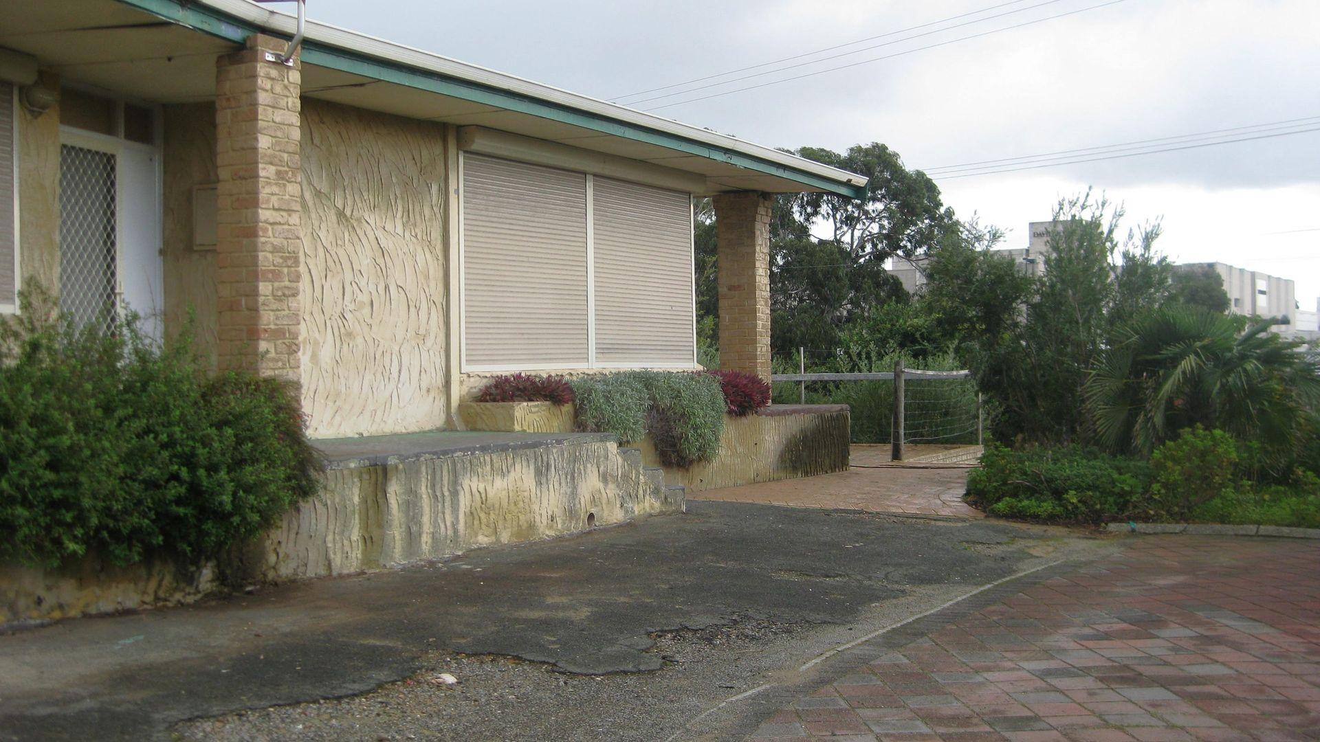 26 Northgate Street, Karrinyup WA 6018, Image 2