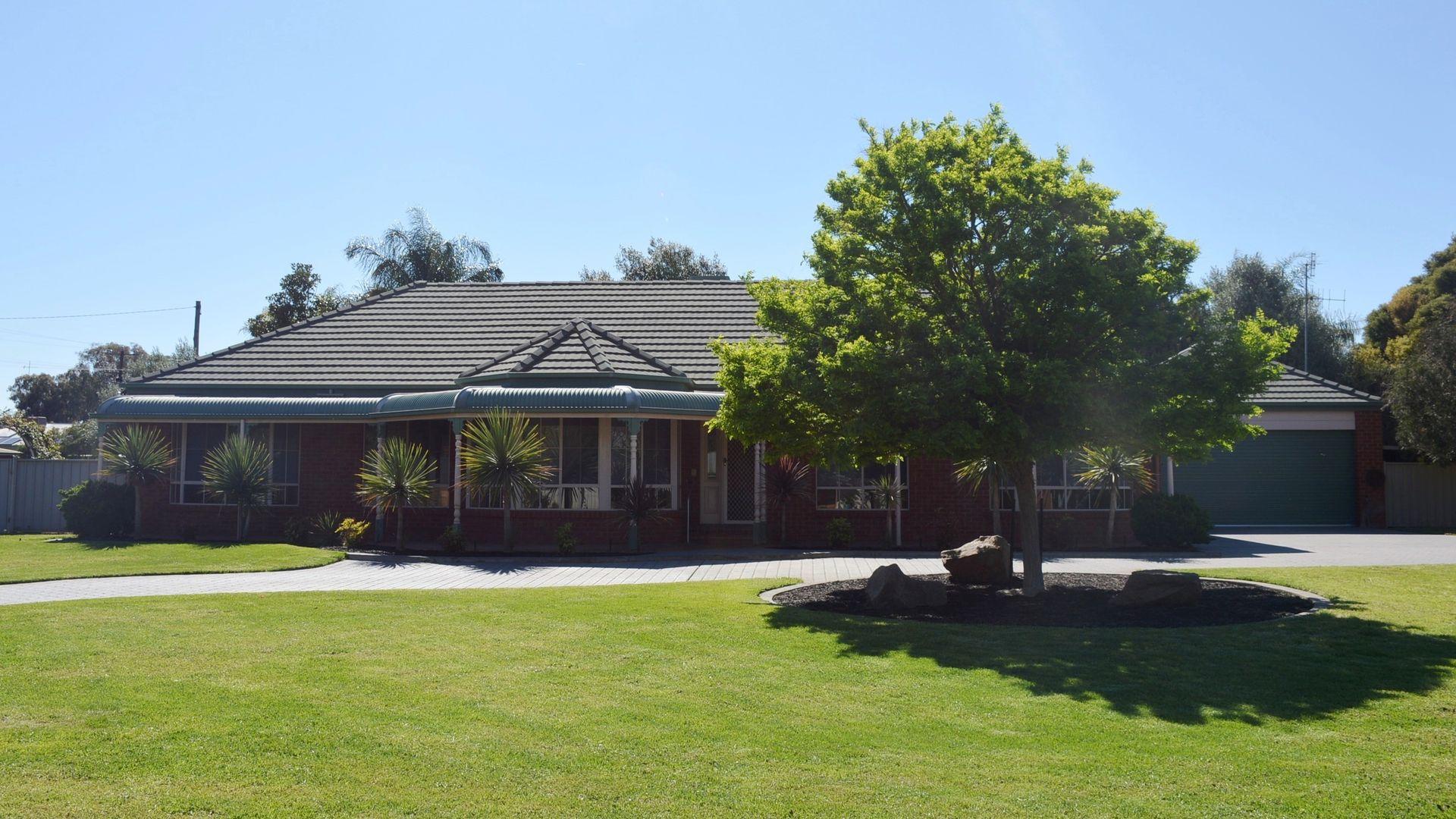 9 Calaway St, Tocumwal NSW 2714, Image 1