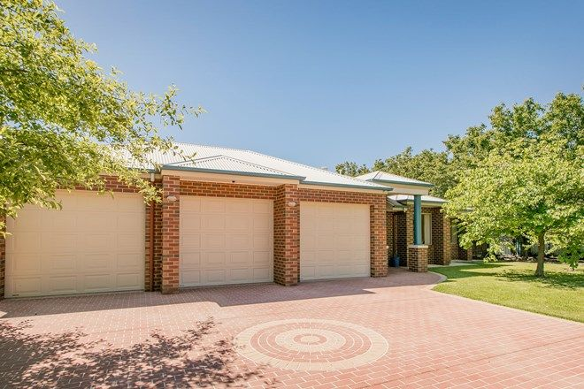 Picture of 348 Diggers Road, LAVINGTON NSW 2641