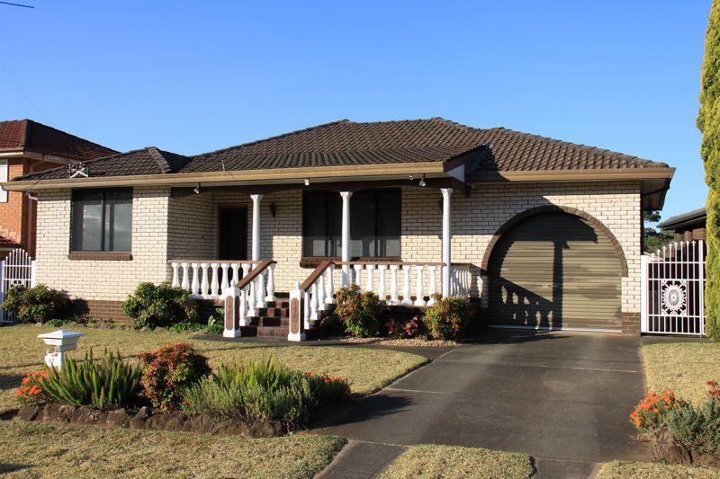 87 Luttrell St, Hobartville NSW 2753, Image 0