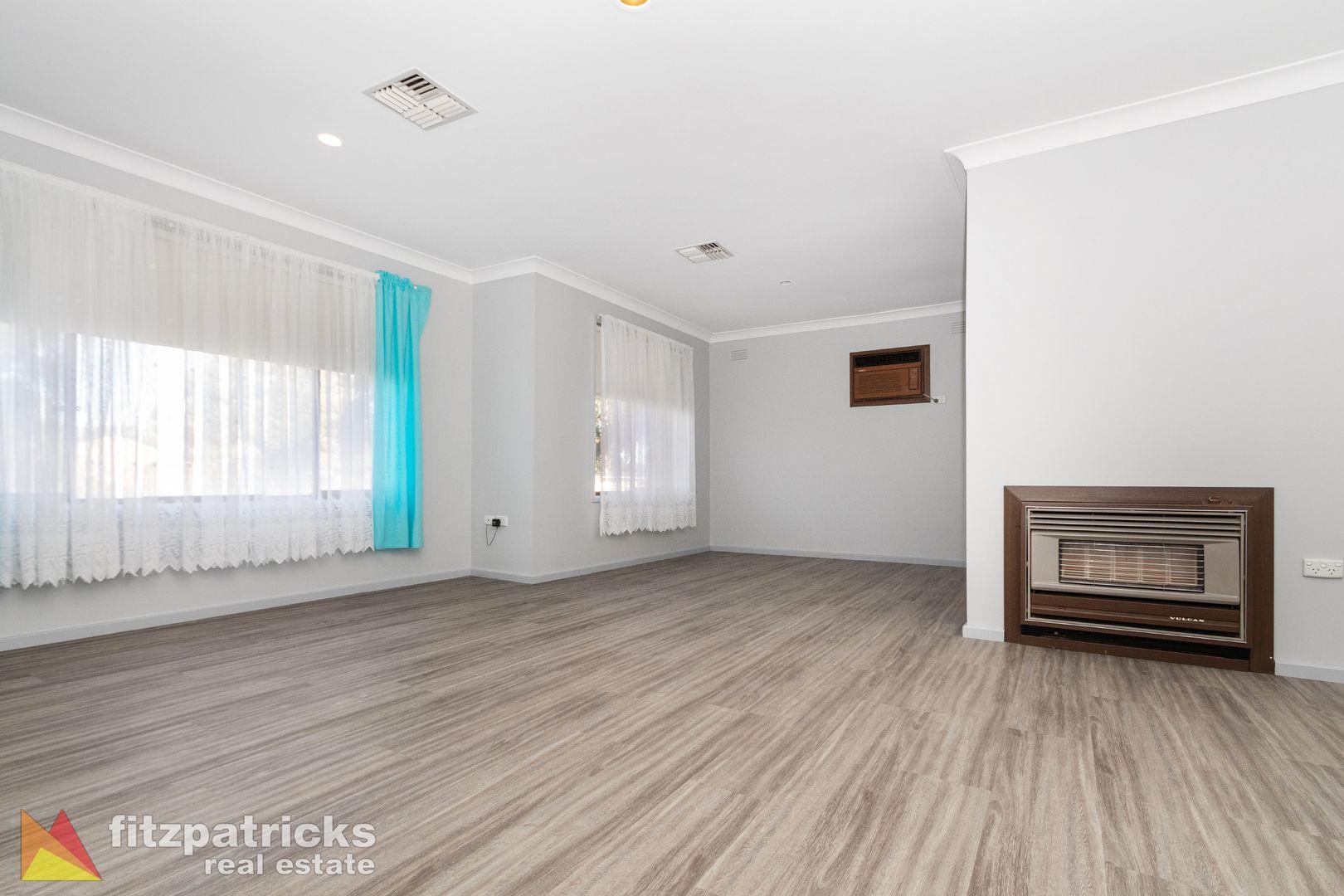 25 Bavaria Street, Tolland NSW 2650, Image 2
