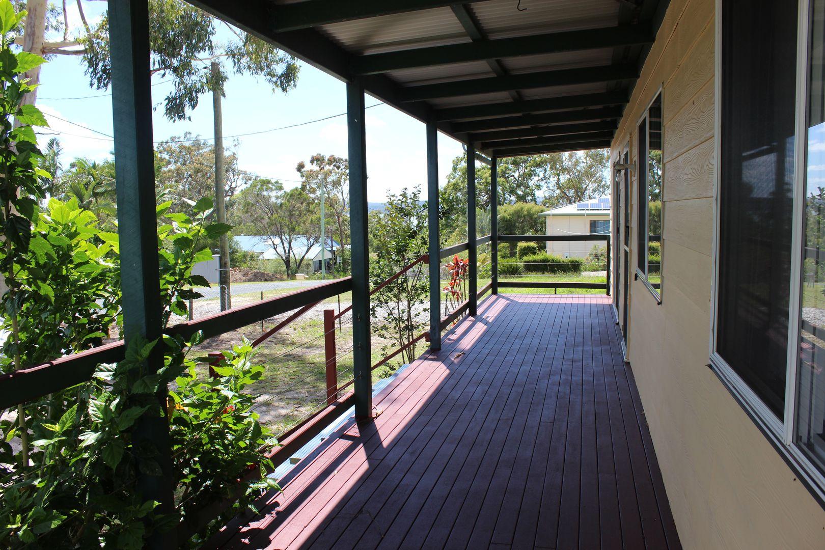 18 Kooberry Street, Macleay Island QLD 4184, Image 0