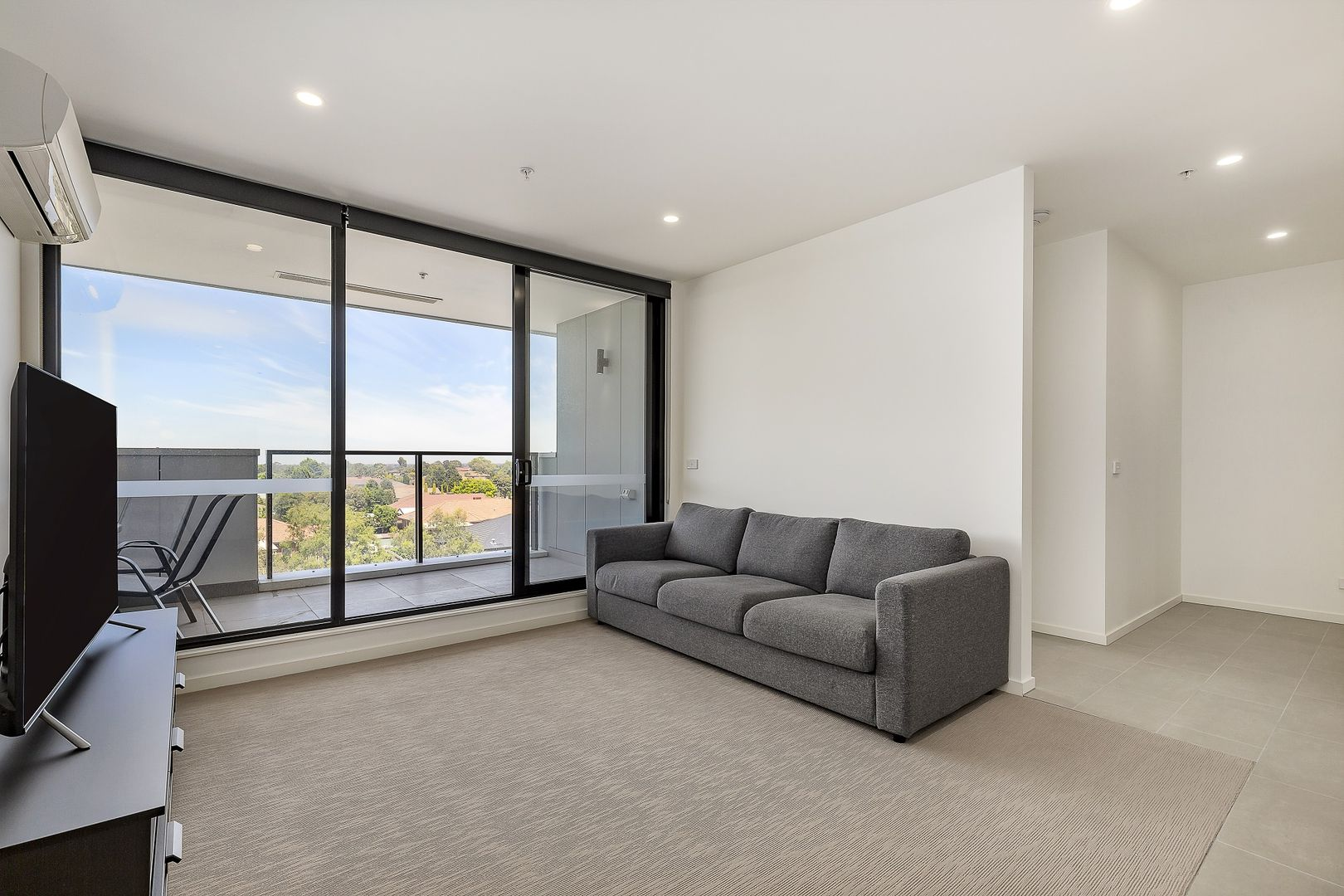 404/30 Bush  Boulevard, Mill Park VIC 3082, Image 1