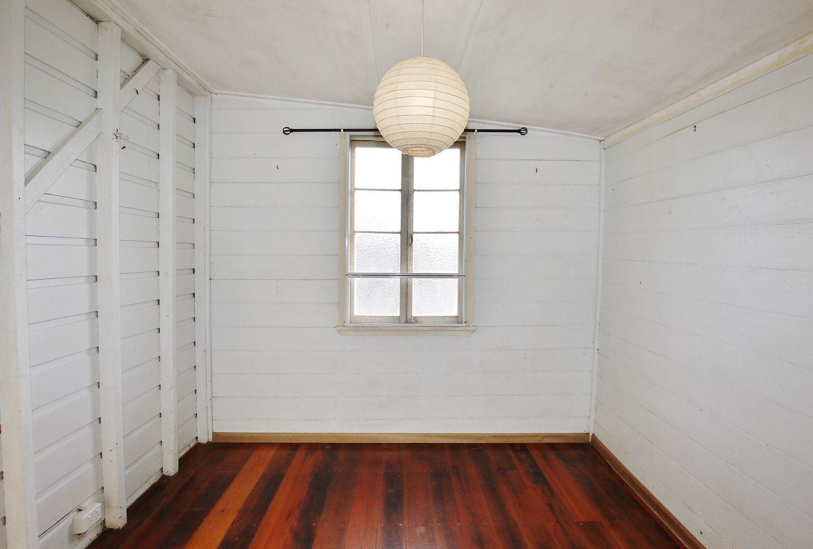 334 Denham Street, West Rockhampton QLD 4700, Image 2