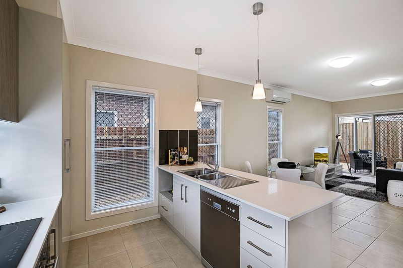 6/8 Tara Street, Wilsonton QLD 4350, Image 0